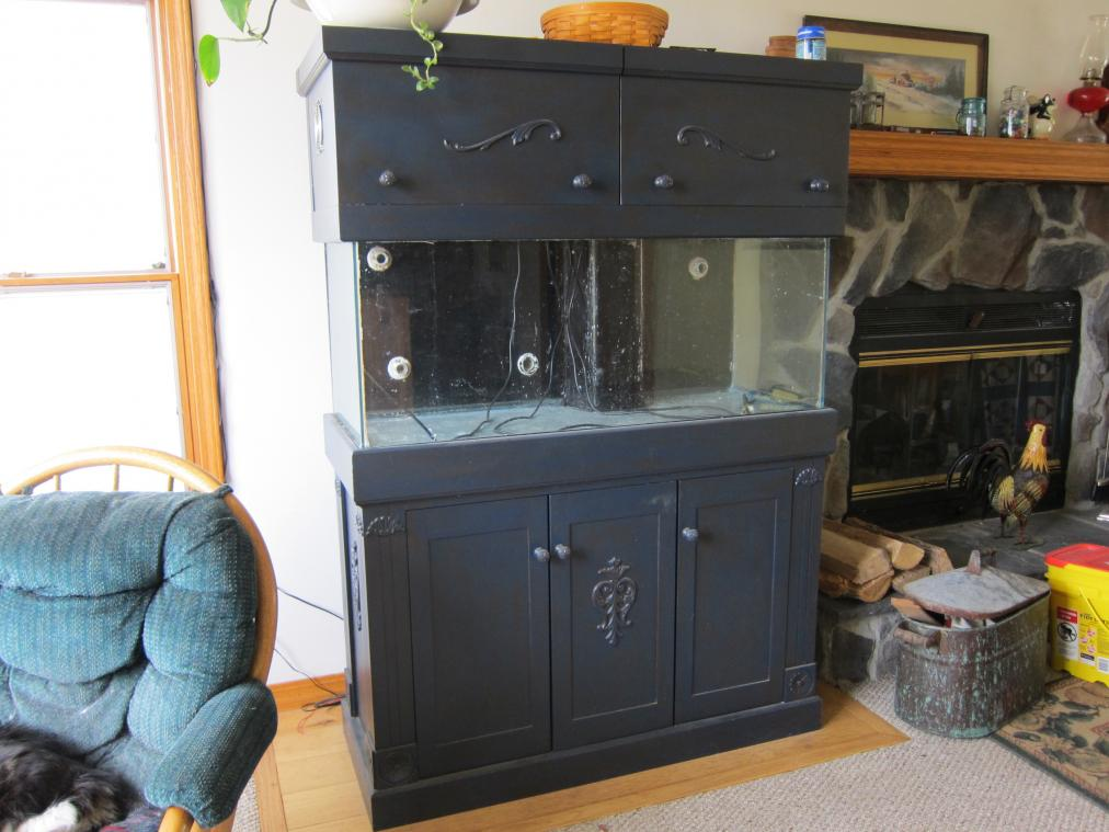 Coral Reef Aquarium - Equipment Sales & Trades - 75g tank and custom stand